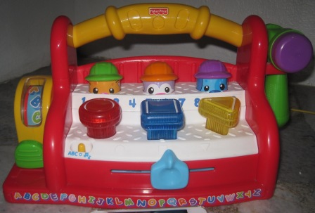 Juaimurah jul 30 2012 Fisher price tool bench