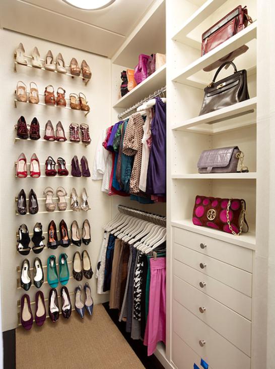 El closet vestidor ideal the ideal walk in closet for Zapateras modernas fotos