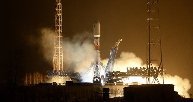 Rusia Uji Coba Satelit Peringatan Dini Rudal Balistik Generasi Baru