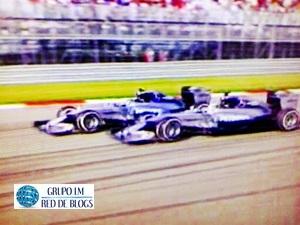 Los Mercedes de Hamilton y de Rosberg.
