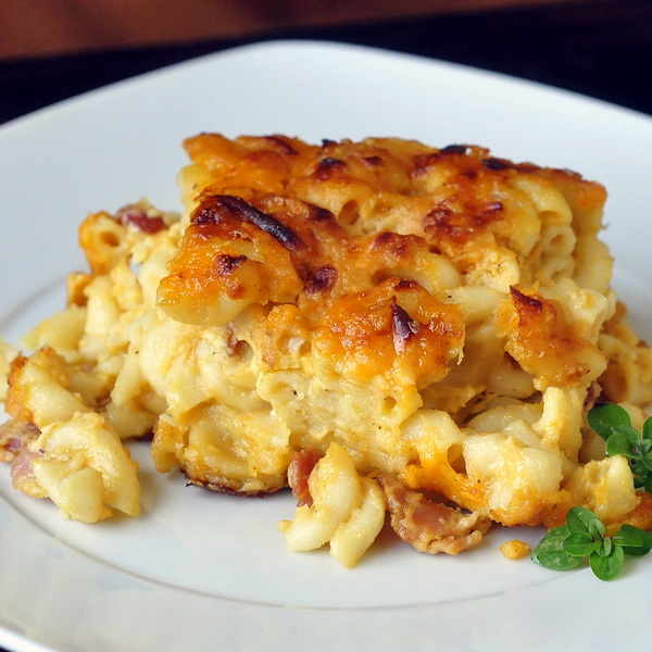 Bacon and Four Cheese Mac and Cheese