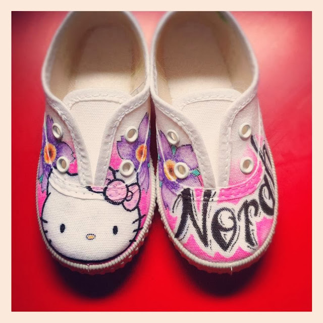 Zapatillas personalizadas Hello Kitty