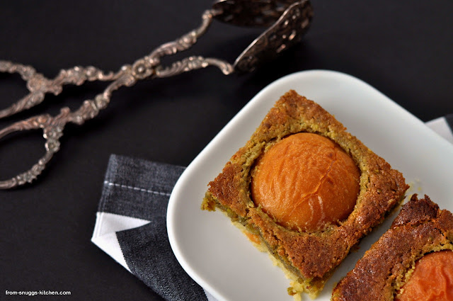 Aprikosen-Pistazien-Kuchen
