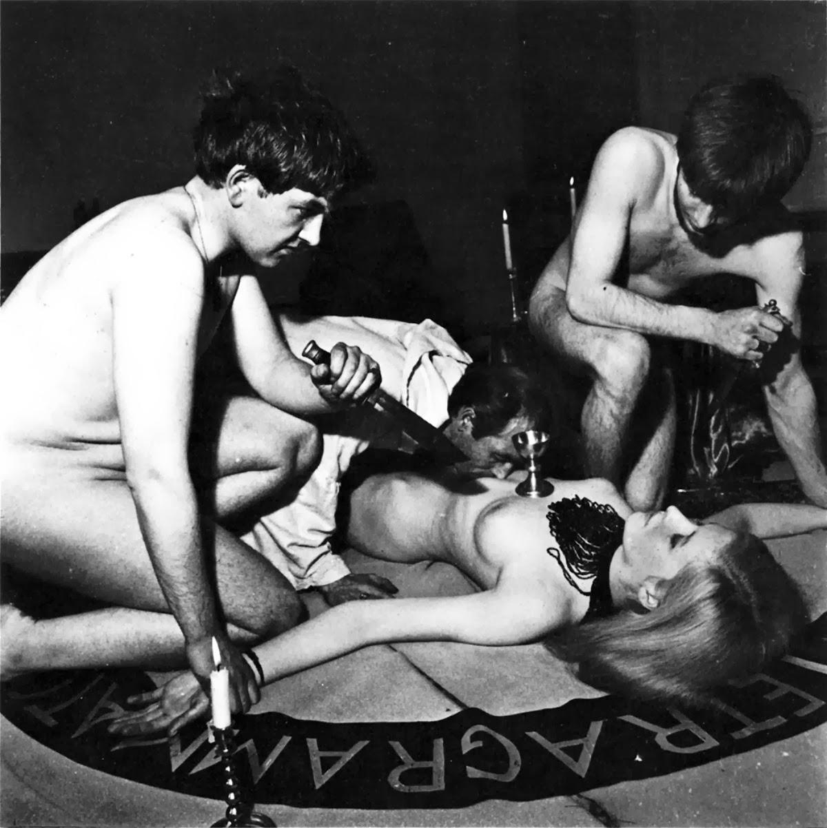 Ритуальный порно секс 2 фотография