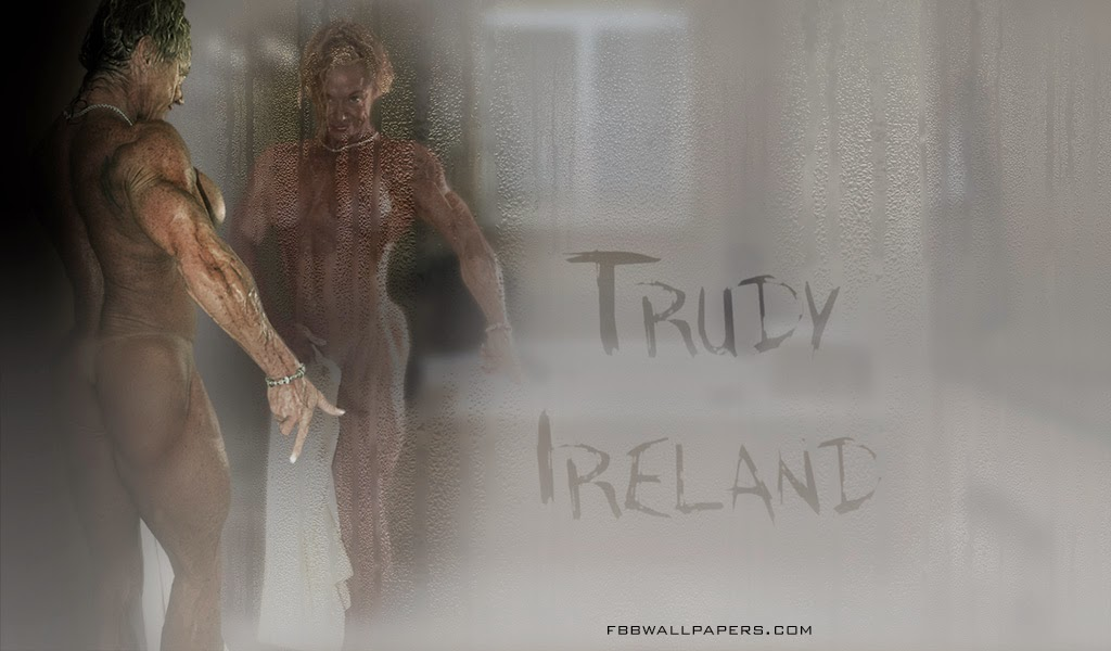 Trudy Ireland Mirror Admiration