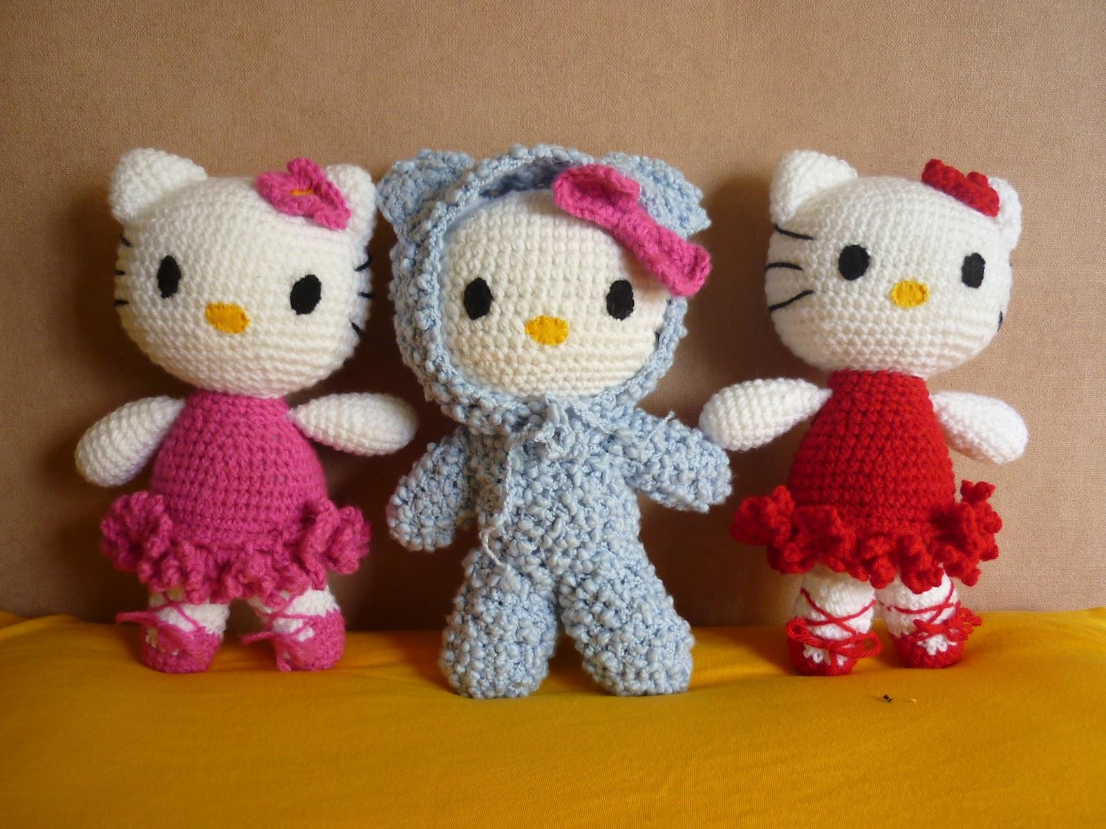 Free Crochet Pattern Heart Shaped Baby Doll : Tejiendo Suenos: Hello Kitty Amigurumi