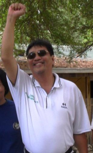 pagtaas ng pamasahe Halimbawa: kahit walang tigil ang pagtaas ng mga petroleum products, naging sanhi ng pagtaas ng presyo ng mga pangunahing bilihin at pamasahe.