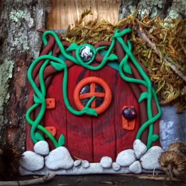 Vine Covered Fairy Door - Carol Marion