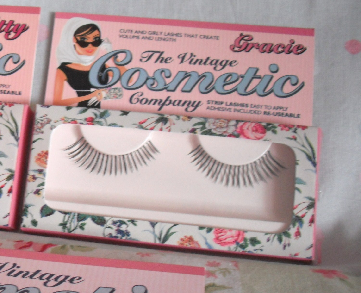 b8c0d532ee0 The Kitty lashes are designed to bring out the glamour puss in you! The  Gracie lashes can be used to create a cute and girly look.