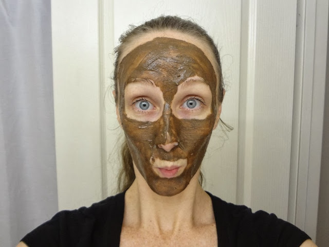 LUSH's Cupcake Fresh Face Mask has a very strong chocolate spearmint smell!