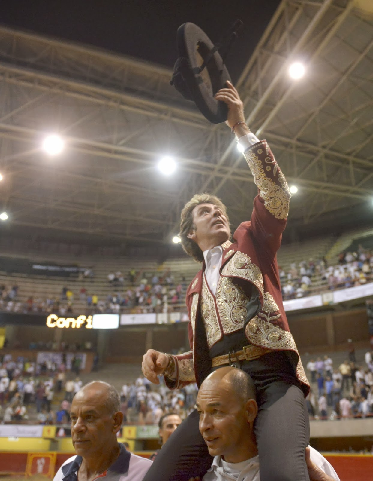 Antioquia, Bull, Bullfighting, Bullring, Celebrate, Colombia, Cut, Deparment, Ears, La Macarena, Medellin, Mounted, Pablo Hermoso de Mendoza, Perform, Spain, Spanish, Sports,