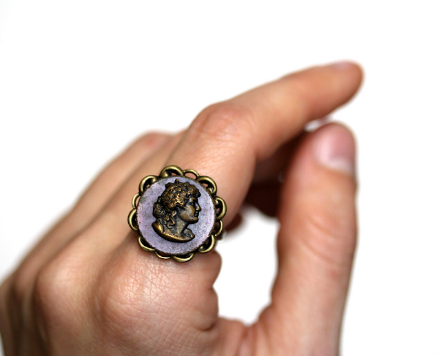 Antique Cameo Ring #bernhardt #jewelry #antique #ring