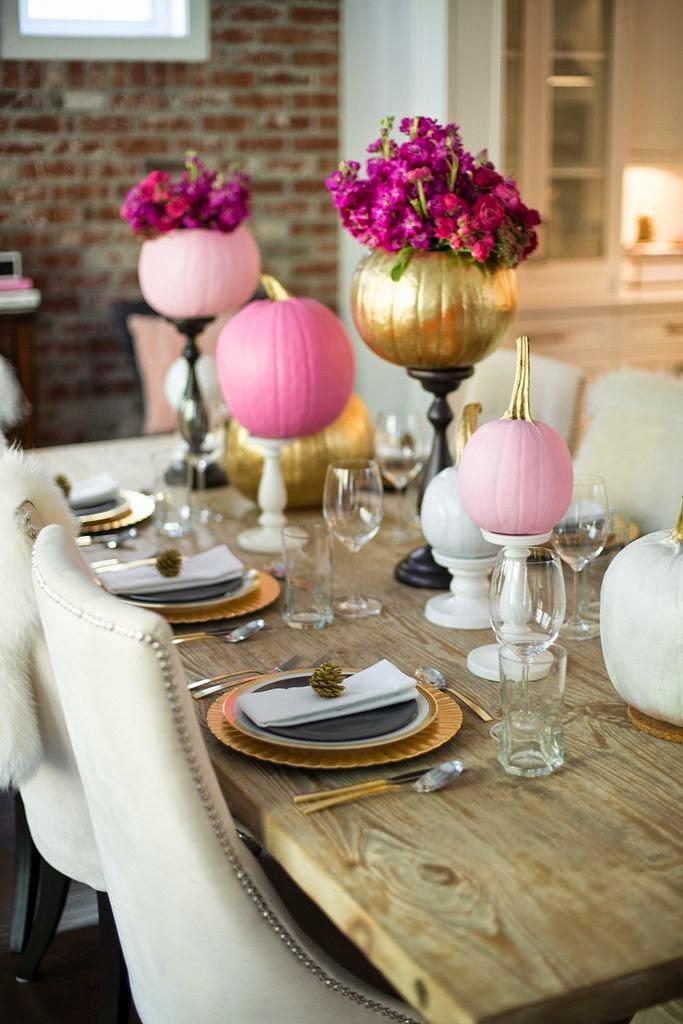 The classy woman 15 elegant thanksgiving table decor ideas for Elegant thanksgiving table settings