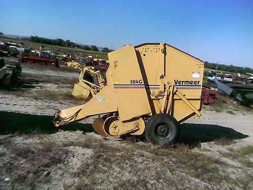 EQ-22966 Vermeer 504G Baler
