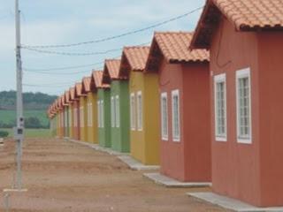 Governo do Rio inicia montagem de 150 casas para desabrigados
