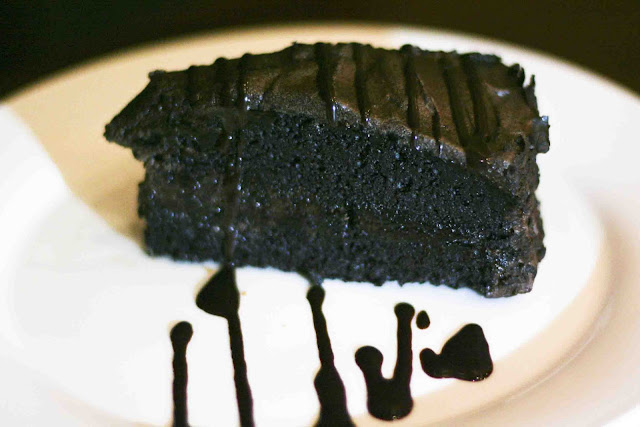 Tully's Signature Chocolate Cake