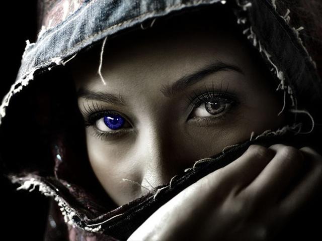 Arabic women: Arabic woman eyes - Arabic woman  Arabian Women Eyes