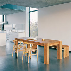 Tenere al caldo in casa tavoli pranzo design legno for Produttori tavoli allungabili