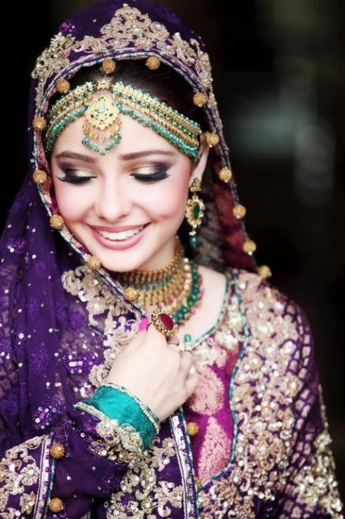 Bridal dp in purple dress