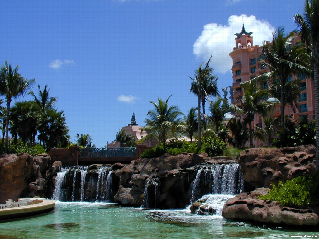 World beautiful places and hotels the bahamas most for Tropical places to travel