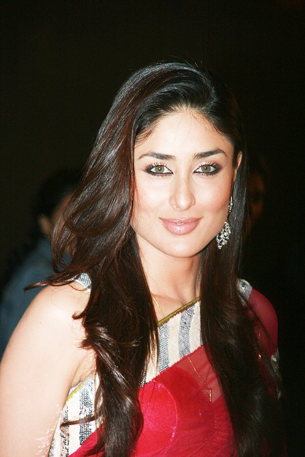 kareena kapoor wallpapers. kareena kapoor wallpapers