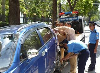 Từ hôm nay xe không sang tên đổi chủ bị xử phạt. Ảnh: Trọng Đảng