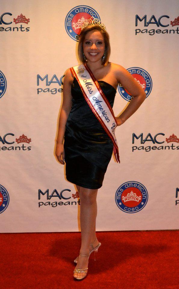 Jessica Aguirre Net Worth