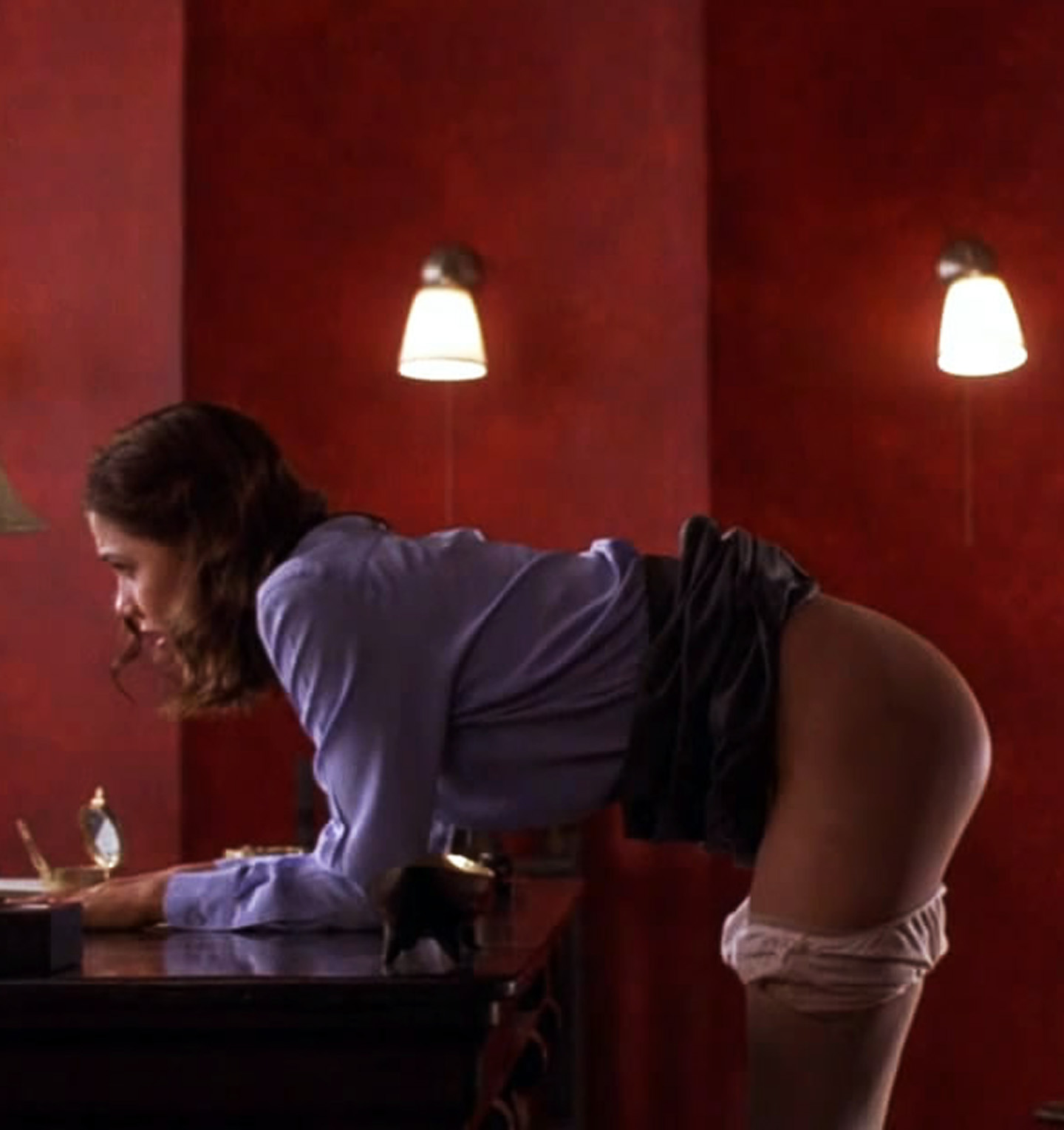 Maggie gyllenhaal in the deuce s01e04 10