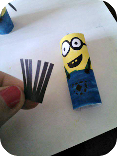 making a minion finger puppet