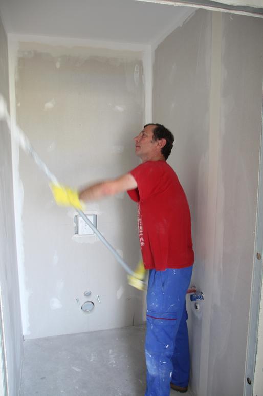 Autoconstruction de notre maison peinture for Poser papier a peindre