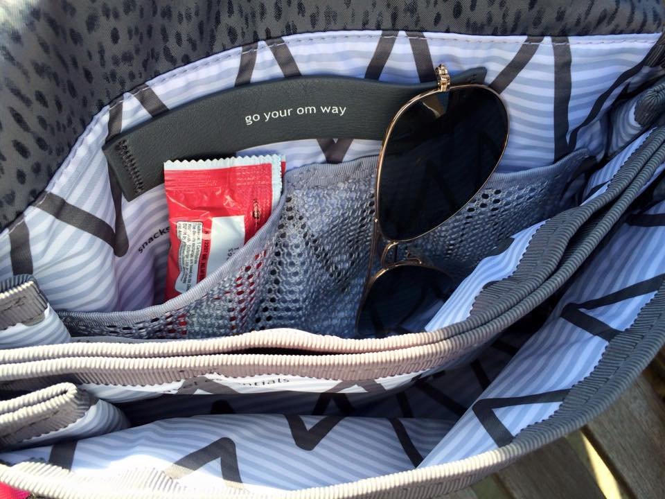 lululemon party-om-bag