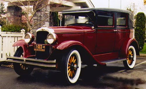 1928 Pontiac Sports Landau Sedan