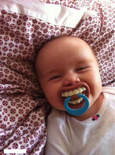 Foto kocak konyol lucu bayi.