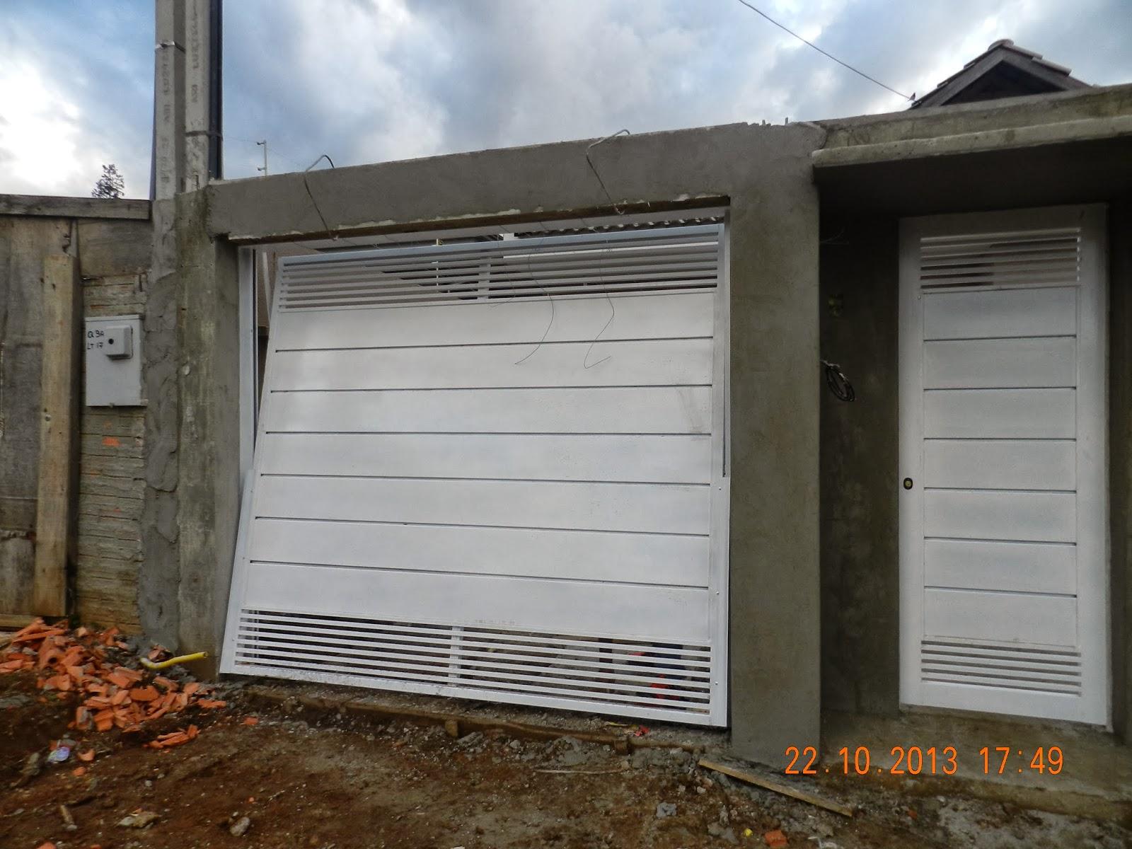 Portão da garagem de cima e portão social #AB5820 1600 1200
