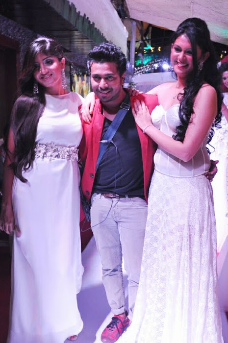 poonam kaur rwalk in white dress at sheesha sky launch hot photoshoot