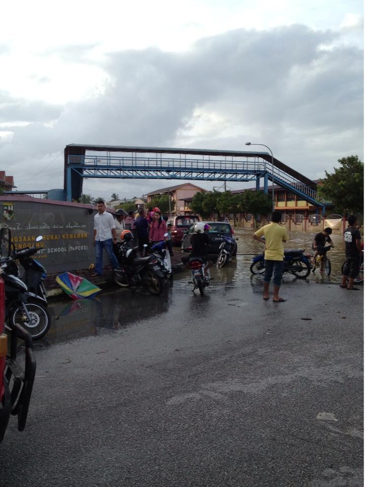 Kejadian Banjir Bandar Baru Bukit Mentok Daerah Kemaman Zon
