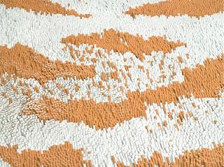 Desain Karpet Kulit Macan yang dibuat dari Ratusan Ribu Rokok - raxterbloom.blogspot.com