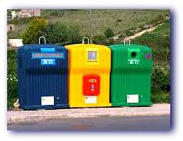Imagem de Ecopontos: containeres (contentores) de material para reciclagem