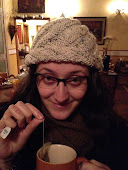 Cristine Bartchewsky Lobato é...
