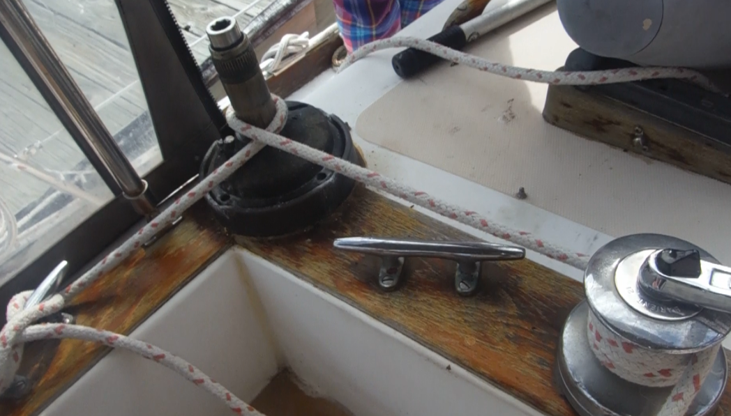 Line wrapped around Barient Winch and pressure applied to break corrosion loose