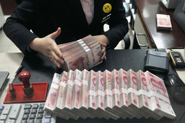 У рубля и юаня появился шанс вытеснить доллар из международных расчетов