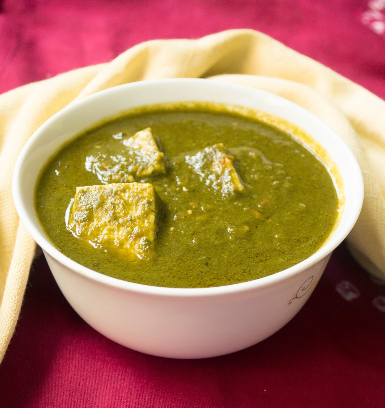Palak paneer / spinach curry with cottage cheese