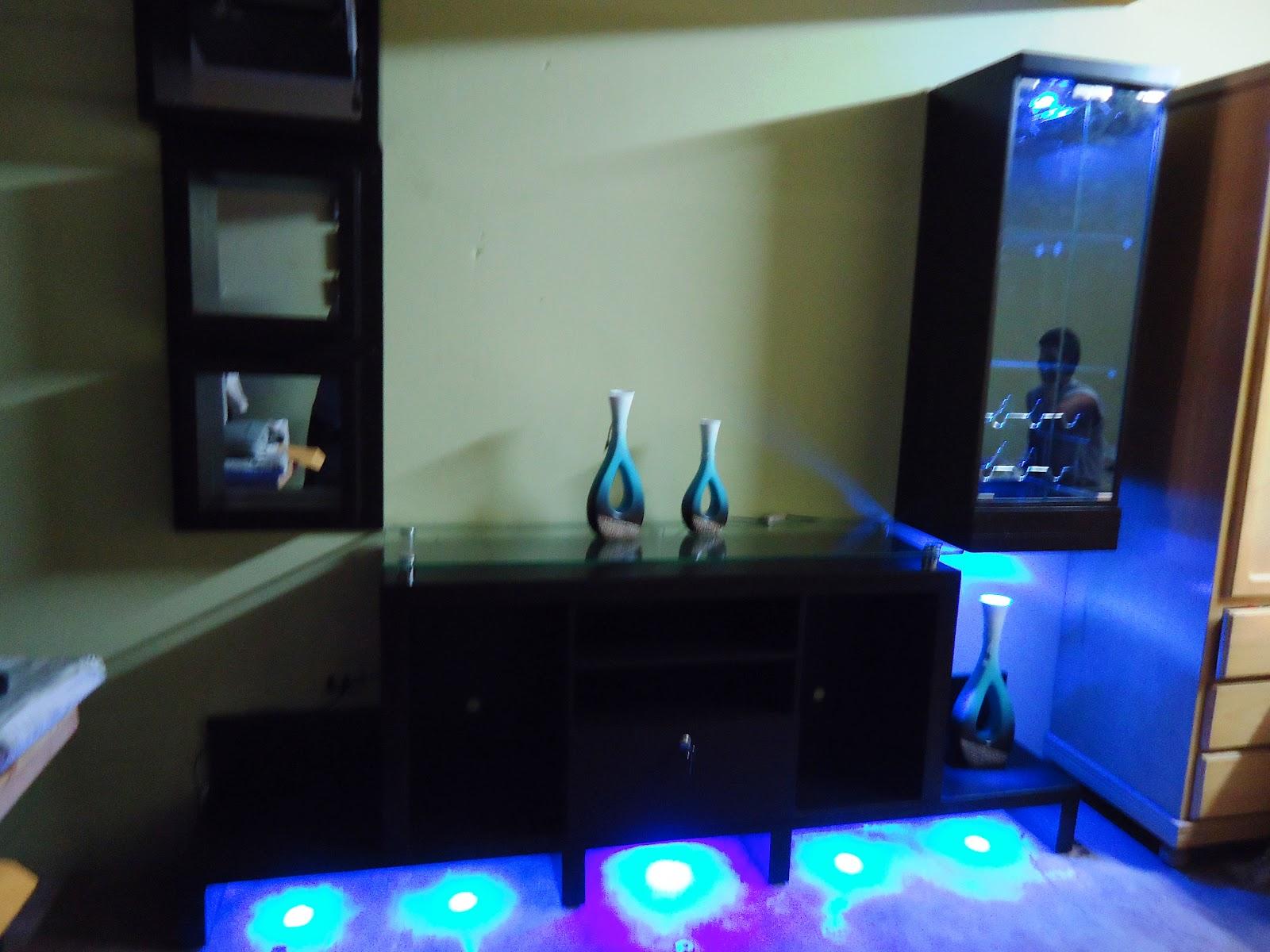 Mueble bar flotante 20170906104408 for Modelos de muebles para bar