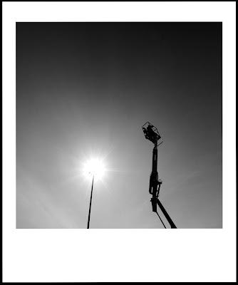 Warsztaty fotograficzne majstrują przy świetle. fot. Łukasz Cyrus