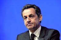 Nicolas Sarkozy laisse sa place à François Hollande