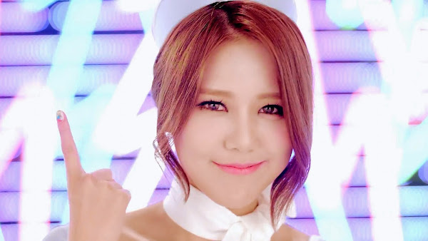 AoA Hyejeong Short Hair