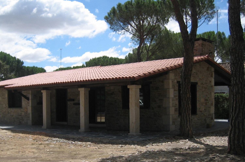 Construcciones r sticas gallegas entre pinos - Rusticas gallegas ...