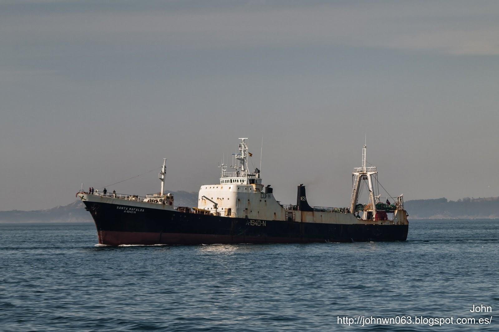 fotos de barcos, trawler, aveiro, vigo, arrastrero, santa mafalda