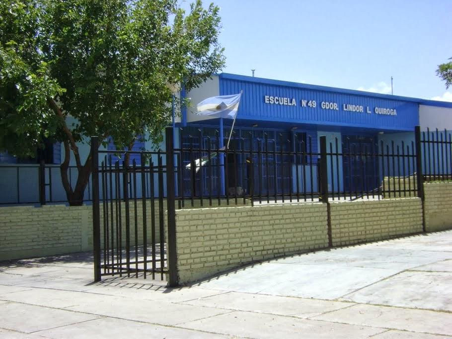 """Escuela N°49 """"Gdor. LINDOR LAURENTINO QUIROGA"""" """"BODAS de PLATA"""" en el 2011"""