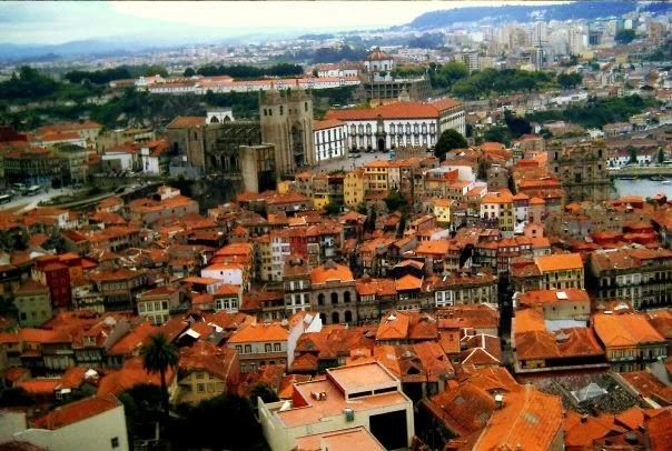 oporto portugal torre clerigos
